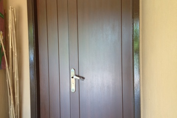 Medium 1 half designer door