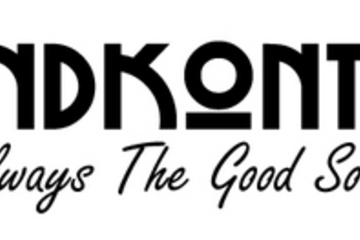 Medium soundkontrols logo bg white txt black