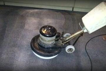 Medium carpet washing 5